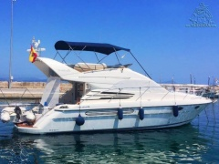 Fairline Phantom 42 Flybridge Yacht