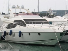 Azimut 62 Fly- Model 2004 Motoryacht