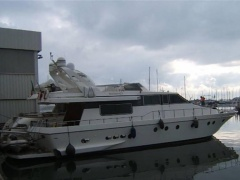 Canados 60 Yacht a Motore