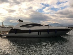 Pershing 62' Yacht a Motore