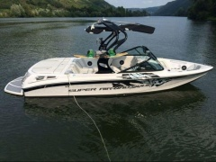 Nautique Super Air Nautique 210 Team Wakeboard / Wasserski