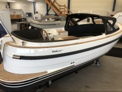 Maril 6 NXT Deck Boat