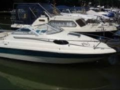 Sea Ray 200 CC Cabinato