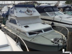 Coronet 27 Fly Flybridge Yacht