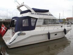 Sun 33 Fly Flybridge Yacht