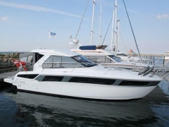 Bavaria 360 Coupe Hardtop yacht