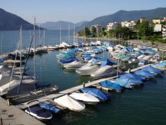 YACHT HAFEN BRISSAGO Pontoon