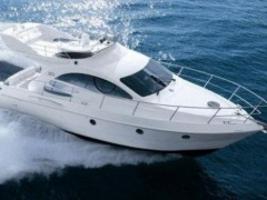Azimut 39 Evolution 1 Hand! Flybridge Yacht