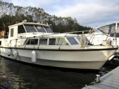 Birchwood 33 Cruiser Yacht
