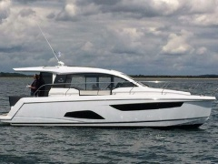 Sealine C 330 Kabinenboot