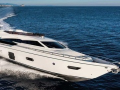 Ferretti 750 Fly Flybridge Yacht
