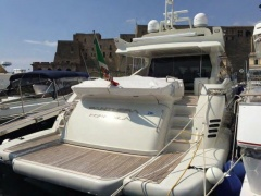 Azimut 86 S Hard Top Yacht