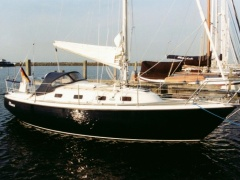 Hurley 800 AT Segelyacht