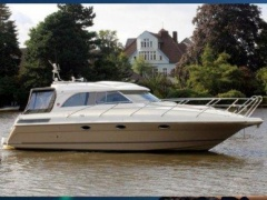 Marex 350 CC Hardtop Yacht a Motore