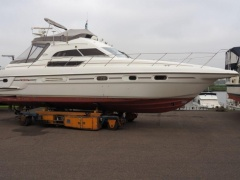 Sealine 450 Statesman Flybridge Yacht