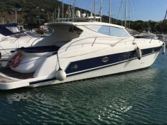 Rio 44 AIR HT Hard Top Yacht