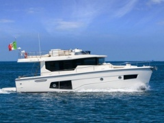 Cranchi Eco Trawler 40 Long Distance Flybridge Yacht