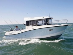 Quicksilver Captur 755 Pilothouse / Nuova Pilothouse Boat
