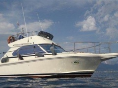 Cayman 30 Fly Flybridge Yacht
