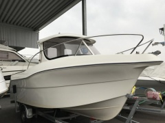 Quicksilver 640 Pilothouse Pilotina