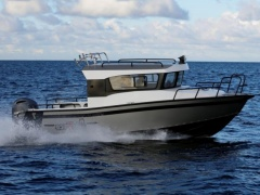 AluForce 710 Pilothouse Kabinenboot