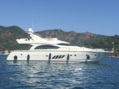 Dominator 68 S Yacht a Motore