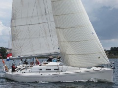 Bénéteau First 40.7 Kinetic Yacht a Vela