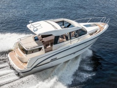 Bella 9000 Kabine mit Softtop Hard Top Yacht
