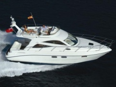 Sealine F 34 Flybridge Yacht
