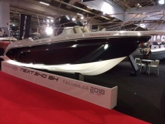 Ranieri International Next 240 SH Yacht a Motore