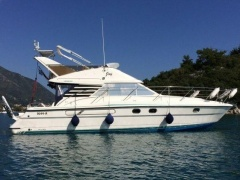 Fairline 37 Phantom Flybridge Yacht