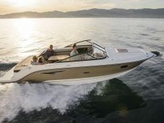 Sea Ray 250 SUNSPORT, MERC.6,2 MPI/350 Imbarcazione Sportiva
