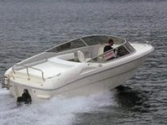 Rio 600 day Yacht a Motore