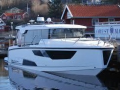 Aquador 35 AQ Pilothouse Boat