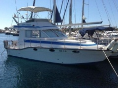 Marex 330 Fly Flybridge Yacht