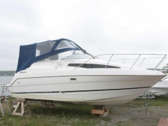Bayliner 2355 Cruiser Yacht