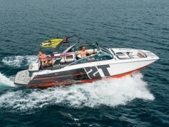 Four Winns TS 242 Wakeboard / Ski nautique