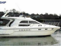 Sealine F 44 Hard Top Yacht