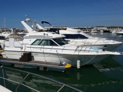 Sea Ray 380 Flybridge Yacht