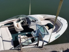 Sea Ray 190 Barco desportivo