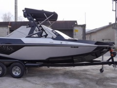 Axis All New T22 Wakeboard / Water Ski