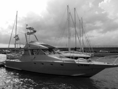 FISHERMAN Flybridge Yacht
