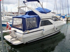 Bayliner 3488 Avanti Command Fly Flybridge