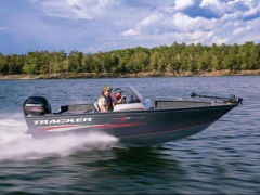 Tracker Marine Pro Guide V175 SC Fishing Boat