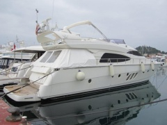 Dominator 64S Flybridge Yacht