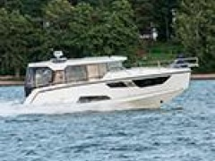 Aquador 35 AQ by Marine Center Goldach Kabinenboot
