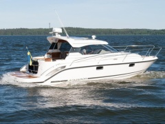 Aquador 30 HT by Marine Center Goldach Hardtop Yacht