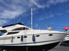 Fairline 38 Phantom Flybridge Yacht