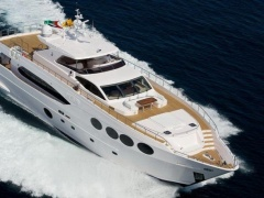 Majesty Yachts Majesty 105 Mega Yacht