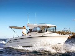 Parker 660 Pilothouse Kabinenboot